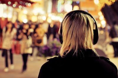 Menina Fone de ouvido